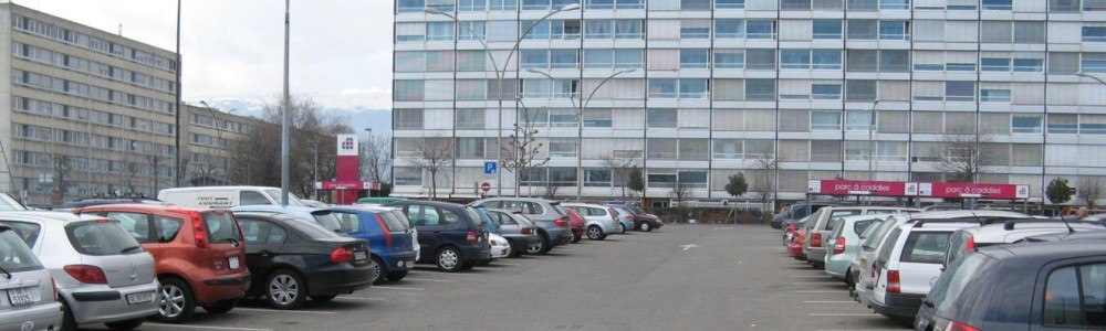 Stationnement centre commercial Meyrin